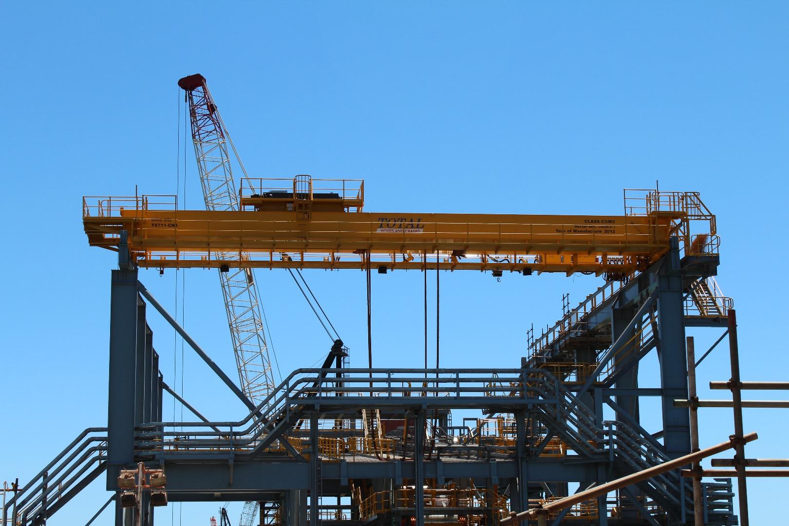 Overhead Cranes Queensland : Double girder crane overhead cranes total hoists and